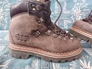 Продам новые ботинки Blackstone Алчевск