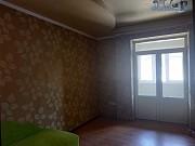 Продам 3-х комнатную сталинку возле Пролетарского исполкома в Донецке. Донецк