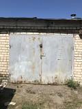 продам 3 гаража в кооперативе ЛЕСНОЙ за 10 полик-ой недалеко от въезда Луганск