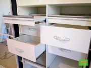 Мебель в прихожую, пуфики, шкафа складные и купе.