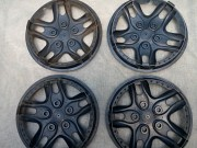 Продаётся колесо в сборе с декоративными колпаками. Донецк