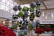 Новогоднее оформление торговых центров на заказ Москва