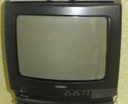 продам телевизор филипс 14 дюймов рабочий Енакиево