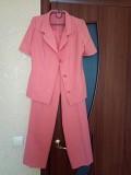 Продам брючный костюм в отличном состоянии 46-48 р-р-300 руб Макеевка