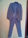 продам костюм серого цветав отличном состоянии 48 р-р - 500 руб Макеевка