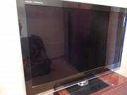 "Продам телевизор""Sharp""."