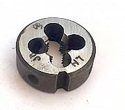 Плашка левая М8х1LH, 9ХС, 25/9 мм, мелкий шаг, ГОСТ 9740-71. Донецк