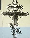 Крест кованый с гробничкой антивандальная установка