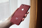 Продам iPhone 8 Plus 64 Gb RED